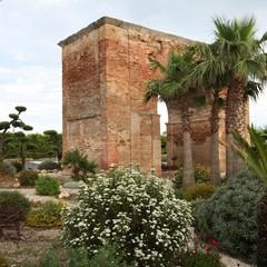 Arco di Traiano a Canosa di Puglia