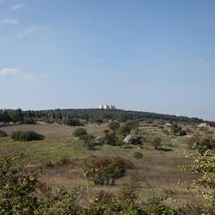Panorama della Murgia con Castel del Monte