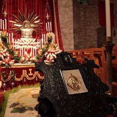 Sepolcri nelle chiese di Trani durante io Giovedì Santo