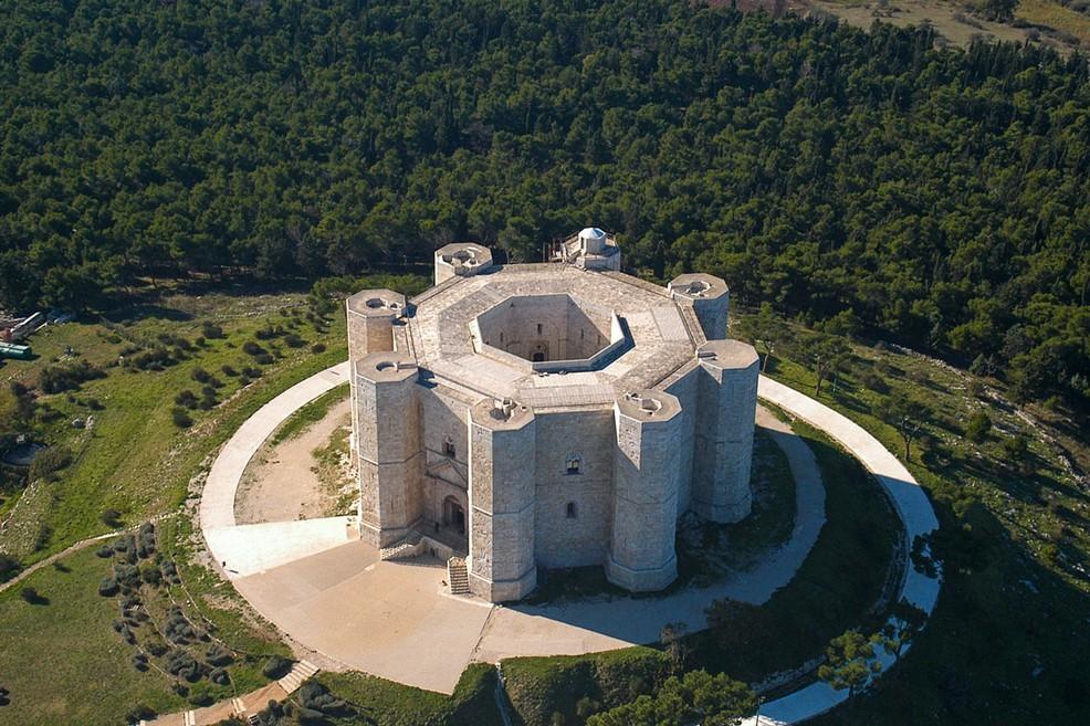 Castel del Monte in Puglia. <span>Foto Merlo</span>