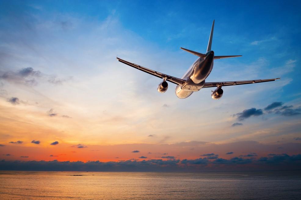 Aereo: voli per Bari e la Puglia