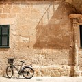 In bicicletta da Andria a Castel del Monte con l'itinerario turistico della trifora