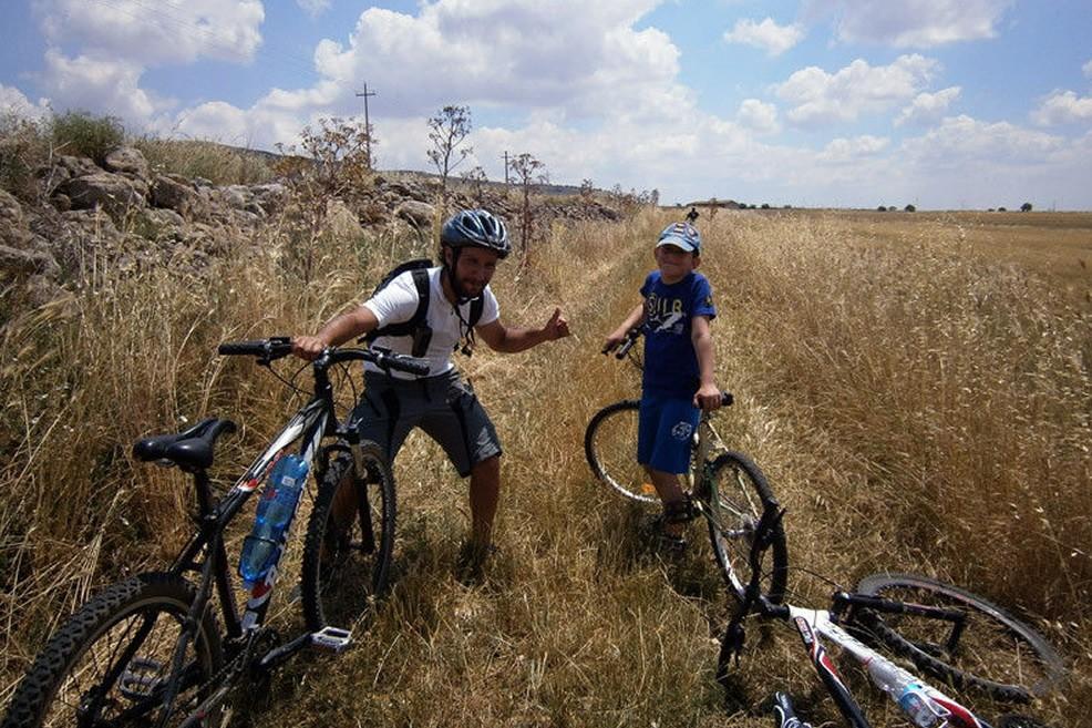 In bici sulla Murgia (Foto ciclomurgia.it)