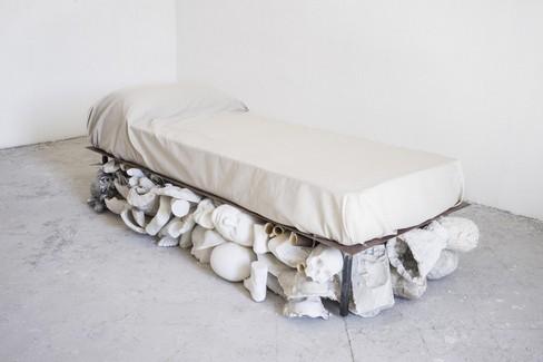 La scultura di Nino Longobardi in mostra a Castel del Monte fino ad Ottobre